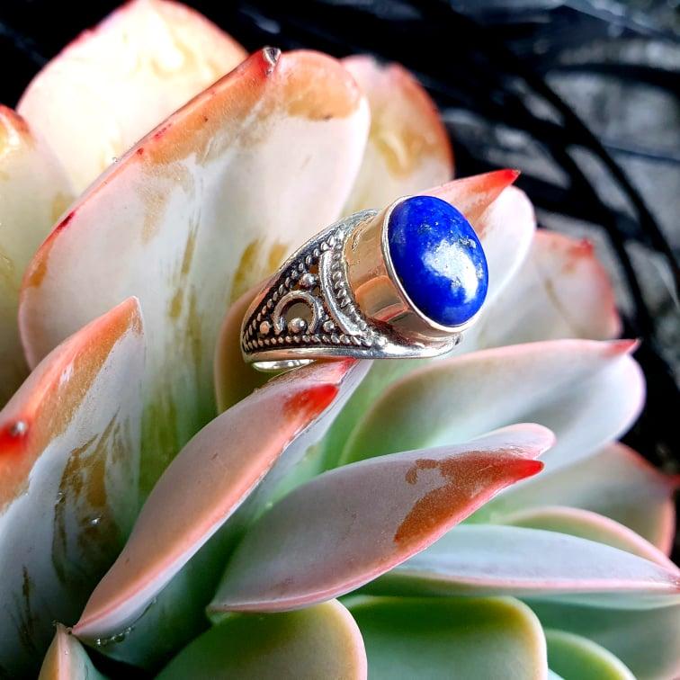 Lapis Lazuli Filigree Ring