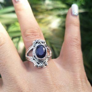 Elegant Sapphire Ring