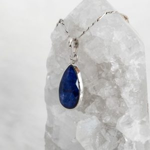Sapphire Droplet Pendant